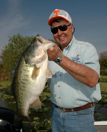 Photo gallery for bill dance outdoors for Bill dance fishing