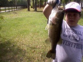 I caught this nice 6 pound bass in a local in northern FL.  I caught it on a shartruce spinner bait.